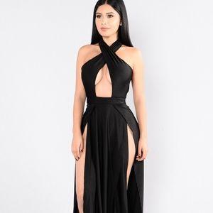 Fashion Nova Black Halter Maxi Dress NWT Size:L